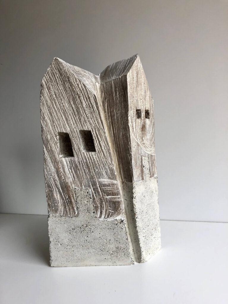 """Hans Panschar, """"Doppelhaus"""" 2020 , Eiche gekalkt, Beton"""